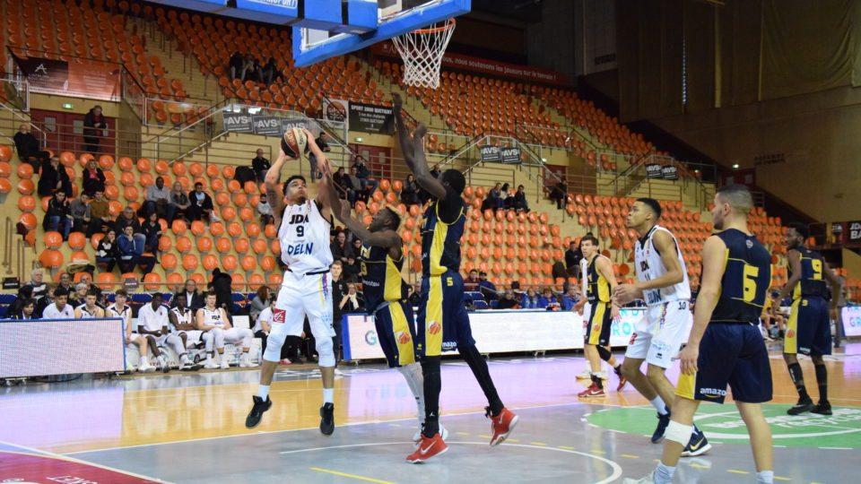 VS HTV basket